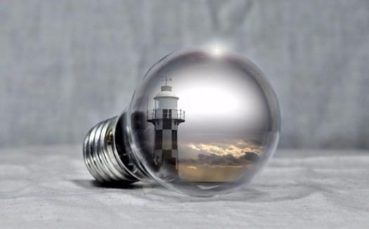 lighthouse-2592001_1280